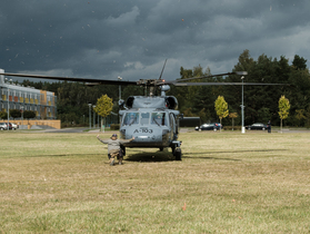Public thumb black hawk helikopter policja wnpid  12 of 32